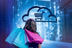 Donna in sacchetti della spesa 3d di una tenuta del centro dati Immagini Stock