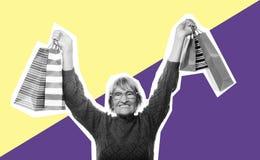 Donna senior felice con i sacchetti della spesa, collage di arte Fotografia Stock