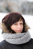 Donna senza trucco nell'orario invernale Fotografie Stock Libere da Diritti