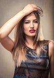 Donna sexy con capelli sudici Fotografia Stock