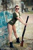 Donna sexy con l'arma Immagine Stock Libera da Diritti