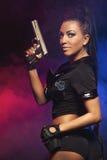 Donna sexy con l'uniforme della polizia Fotografia Stock Libera da Diritti