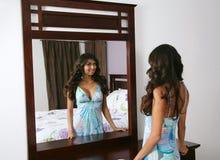 Donna sexy del brunette Fotografia Stock