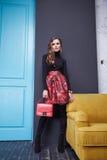 Donna sexy di stile di modo di trucco dell'abbigliamento del vestito da bellezza Fotografia Stock Libera da Diritti