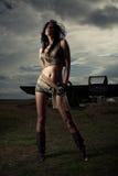 Donna shapely sexy in breve fotografia stock libera da diritti