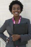 Donna sicura di affari dell'afroamericano immagini stock libere da diritti
