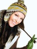 donna sorridente del brunette in vestiti di inverno immagini stock