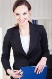 Donna sorridente di affari Fotografia Stock