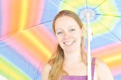 Donna sorridente di estate Fotografia Stock