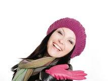 Donna sorridente in vestiti di autunno immagine stock