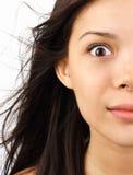 Donna spaventata e scossa Fotografie Stock Libere da Diritti