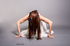 Donna spaventosa posseduta Fotografia Stock