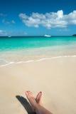 Donna in spiaggia caraibica Fotografie Stock Libere da Diritti