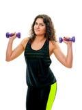Donna sportiva con le teste di legno Fotografia Stock Libera da Diritti