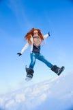 Donna sul campo di neve Immagini Stock Libere da Diritti