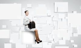 Donna sul cubo Fotografia Stock Libera da Diritti