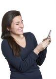 Donna sul telefono mobile Fotografie Stock Libere da Diritti