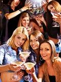 Donna sulla discoteca in night-club. Fotografia Stock Libera da Diritti