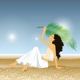Donna sulla spiaggia di estate Fotografia Stock