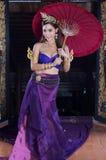 Donna tailandese in costume tradizionale Immagini Stock Libere da Diritti