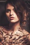 Donna tatuaata Fotografia Stock
