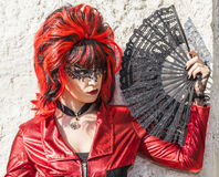 Donna travestita con un fan - carnevale 2012 di Venezia Immagine Stock Libera da Diritti