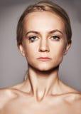 Donna triste con le rotture nei suoi occhi Fotografia Stock Libera da Diritti