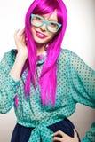 Donna in una parrucca Immagine Stock Libera da Diritti
