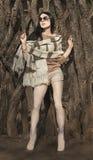 Donna in vestiti di autunno Fucilazione del modello di moda Fotografia Stock Libera da Diritti
