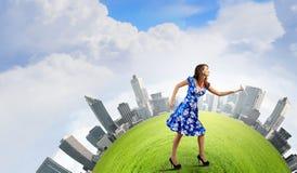 Donna in vestito blu Fotografia Stock Libera da Diritti