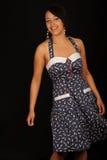 Donna in vestito da estate immagini stock