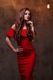 Donna in vestito rosso fotografia stock