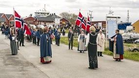 Donne in abbigliamento regionale variopinto Immagine Stock