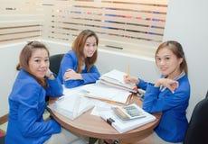 Donne asiatiche di affari Fotografie Stock Libere da Diritti