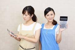 Donne asiatiche sorridenti fotografia stock