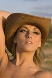 Donne in cappello Fotografia Stock Libera da Diritti