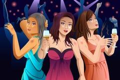 Donne che ballano in un club Immagini Stock