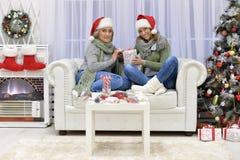 Donne che celebrano il Natale Fotografie Stock Libere da Diritti
