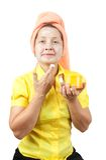 Donne che fanno i macks cosmetici Fotografie Stock Libere da Diritti