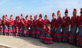 Donne che portano i vestiti tradizionali dall'andaluso. Immagine Stock Libera da Diritti