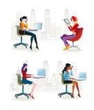 Donne che si siedono nel Office2 Immagini Stock Libere da Diritti