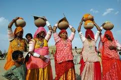 Donne del Ragiastan in India. Fotografia Stock