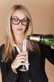 Donne di affari che celebrano. fotografia stock