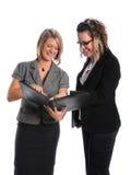 Donne di affari che ripartono informazioni Immagini Stock
