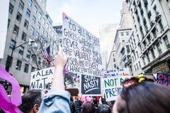 Donne marzo 2017 NYC Fotografia Stock Libera da Diritti