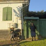 Donne nel villaggio di Saxon della giumenta di Copsa Immagine Stock Libera da Diritti