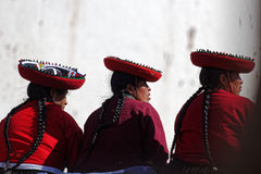 Donne peruviane in Chinchero nel Perù Fotografie Stock Libere da Diritti