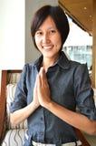 Donne tailandesi con l'espressione benvenuta tipica Fotografie Stock