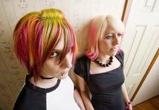 Donne in un corridoio Fotografia Stock Libera da Diritti
