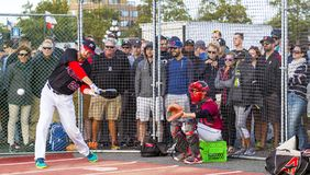 Donne un coup de pied les ressortissants supérieurs de Men's de Canada de base-ball photo libre de droits